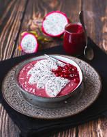 Breakfast - healthy bowl by FiorOf