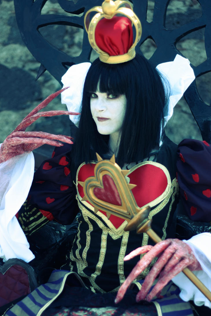 Queen of Hearts by MaDeath90