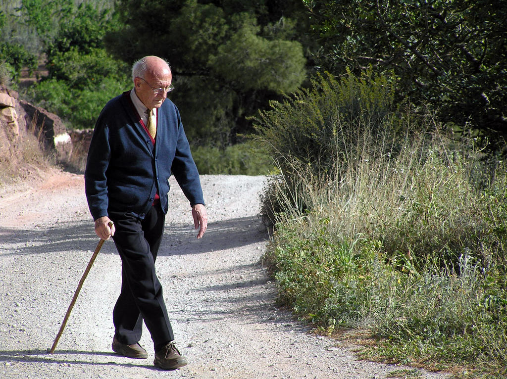 elderly man walking - photo #5
