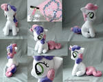Sweetie Belle sitting Plush