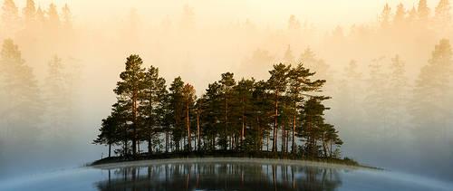 Misty Lake II by RobinHedberg