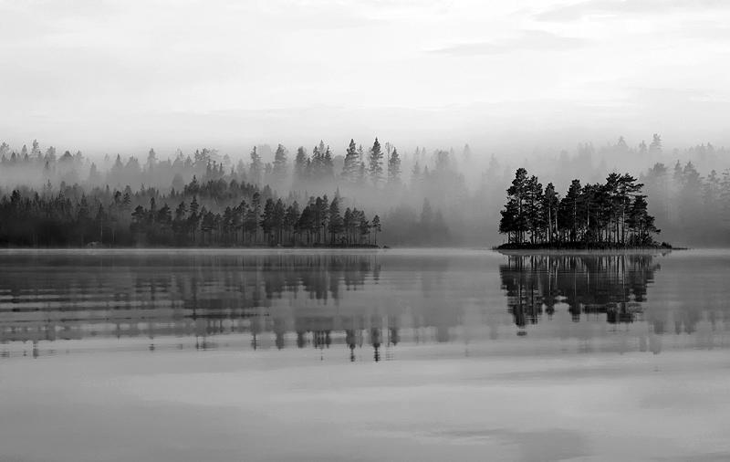 Misty Lake BW by RobinHedberg