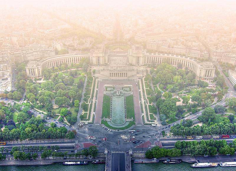 Paris 2005 II by RobinHedberg