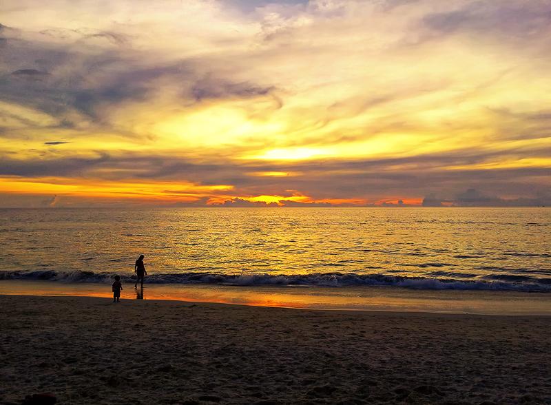 Karon Beach by RobinHedberg