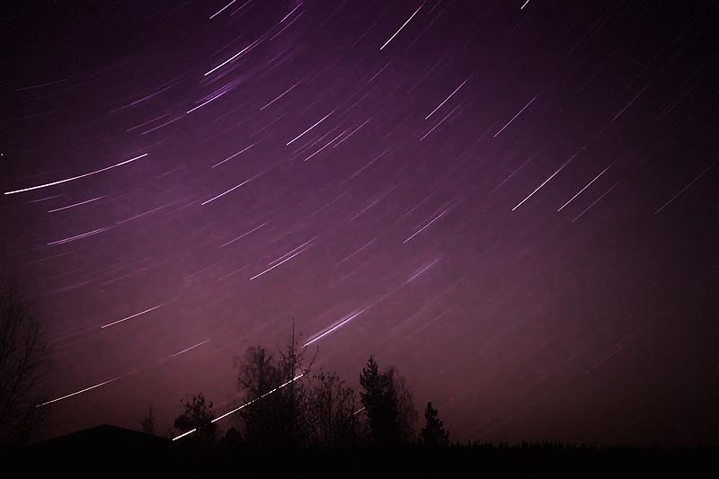 Purple night by RobinHedberg