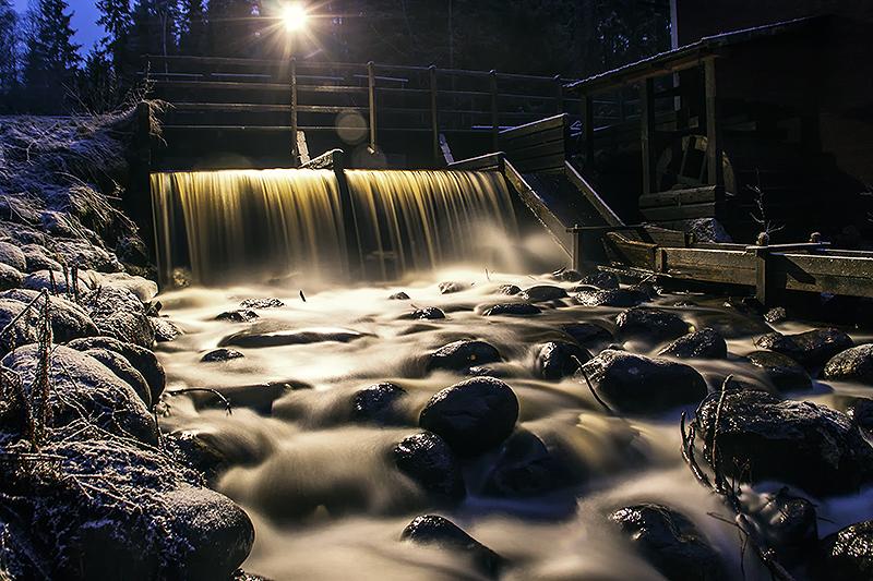 Vaxbo falls at night by RobinHedberg