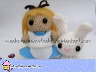 Alice in Wonderland by sakura-sweetcake
