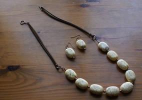 jewellery set:howlite'n'copper by Margotka