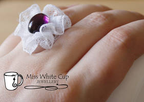 Lace and purple retro ring