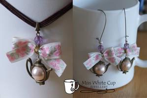 jewellery set: Tea is served V by Margotka