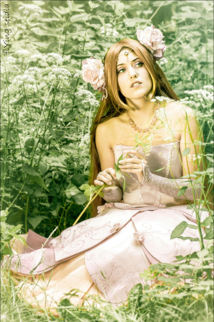 Princess Flora - Winx Club - Flower Princess by SweetLuminia