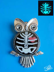 Owl brooch by sushann