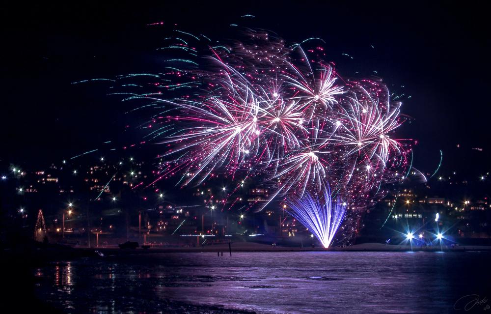 Fireworks Rattvik by DaXXe