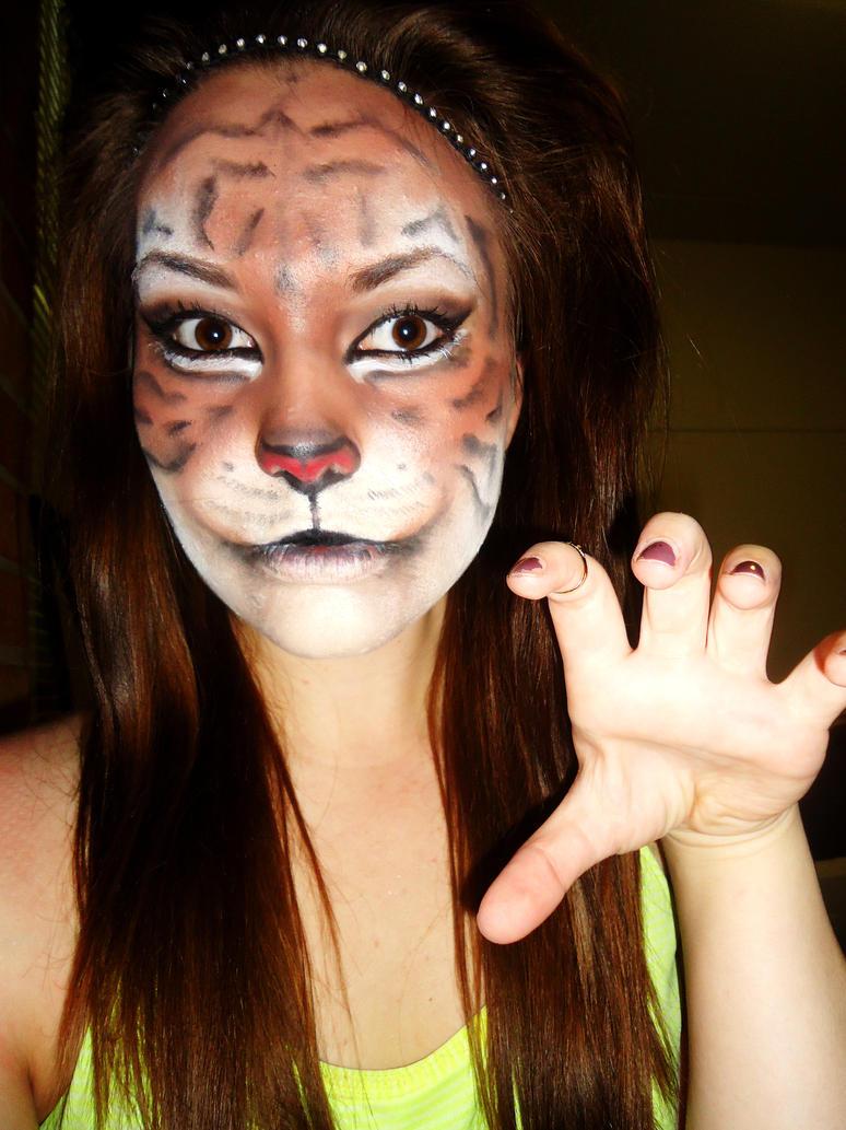 Tiger Makeup by... Realistic Tiger Makeup