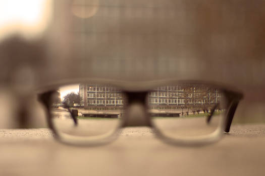 What it's Like to Need Glasses