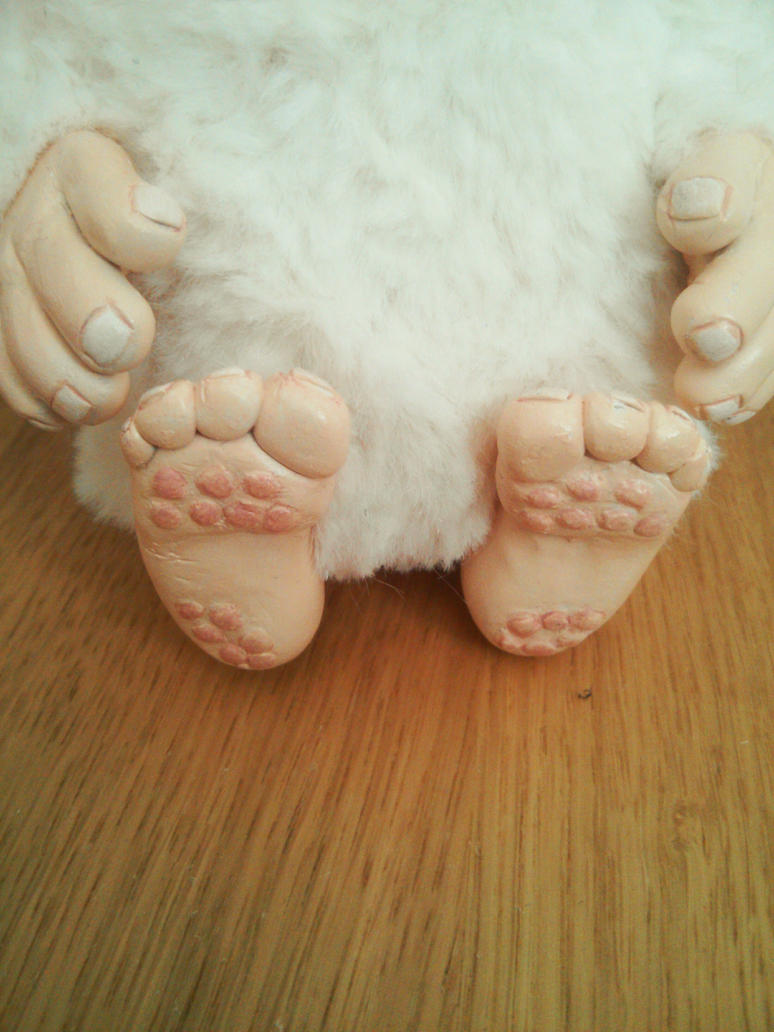 Yeti Detail Feet by EcstaticDismay
