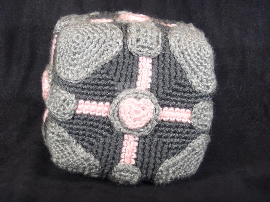 Companion Cube by jedimeg16