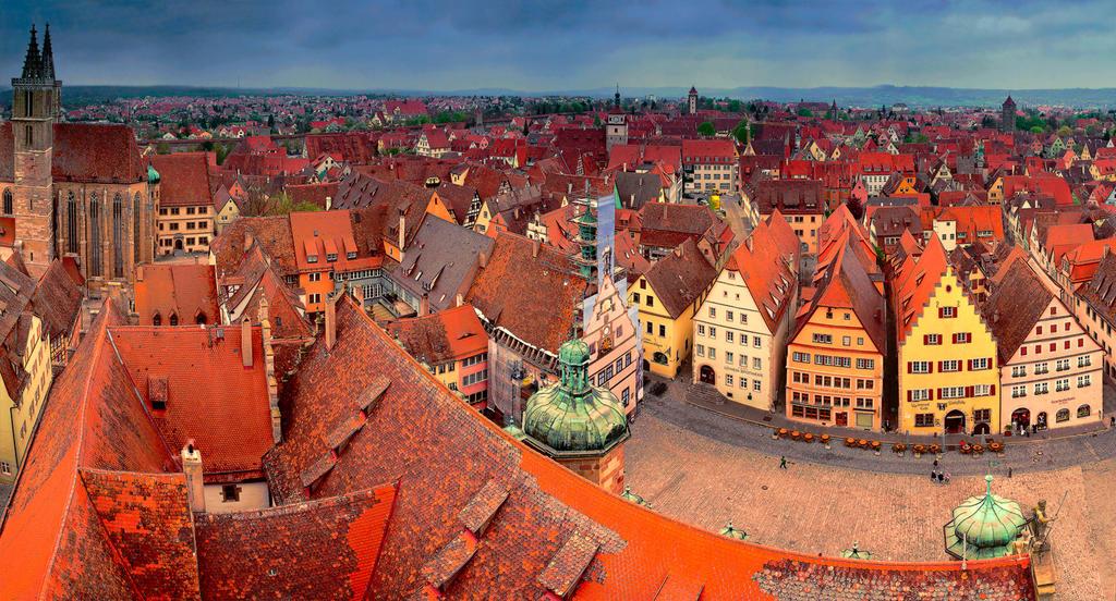 Rothenburg ob der Tauber II by mannromann