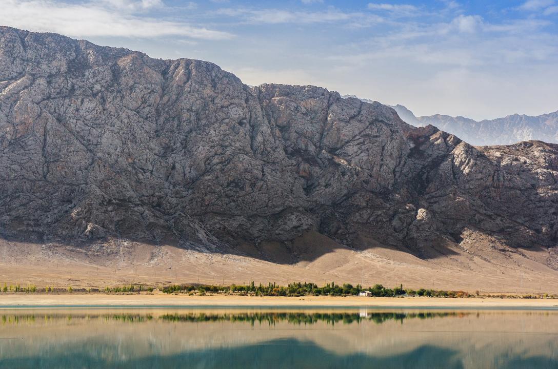 Tortkul reservoir by mannromann