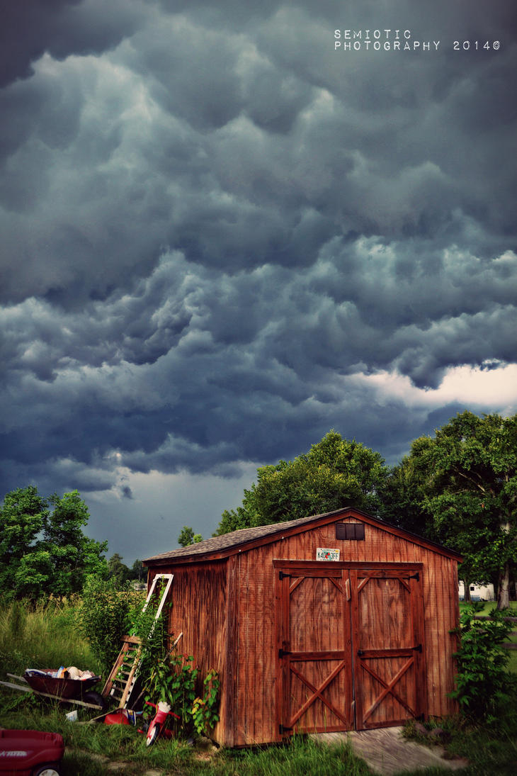 Rain clouds by SemioticPhotography