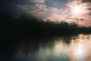 sky and river by electricjonny