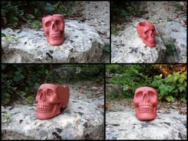 Stiletto red skull ashtray by LaddeDadde
