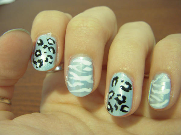nail art. by MyFullm3talHeart