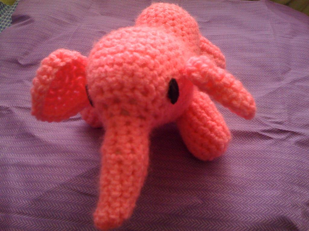 amigurumi little pink elephant by lovechairmanmeow