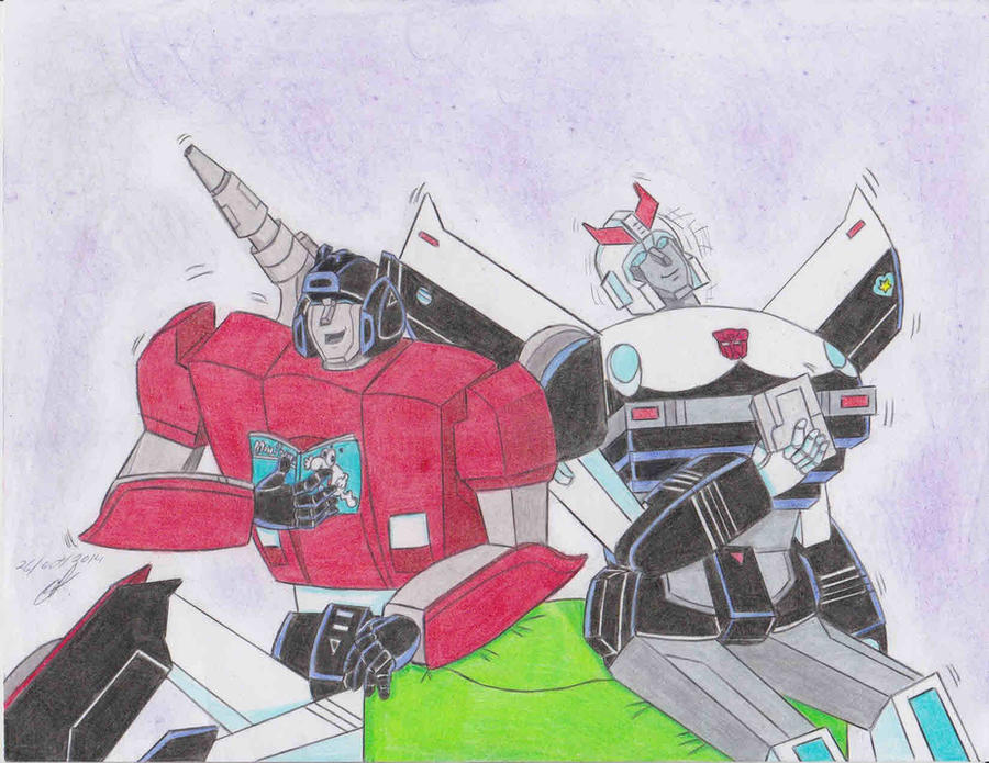 Mis dibujos de Transformers - Página 15 Enjoying_the_comic_sideswipe_and_prowl_g1_by_ailgara-d856tb5