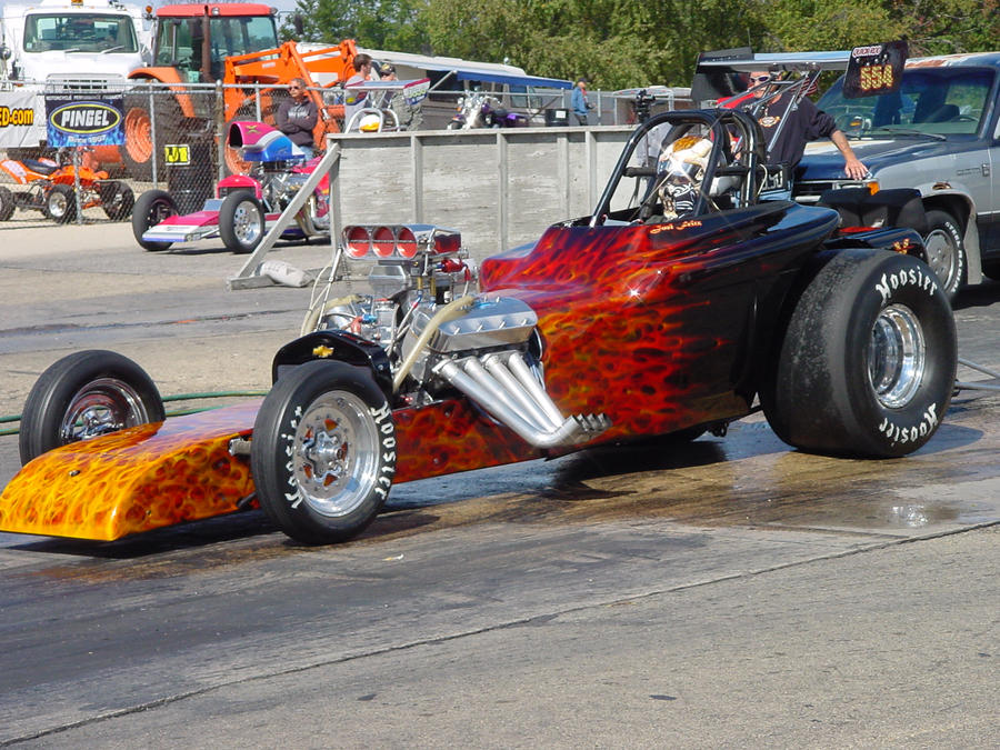 dragster_paint_job_by_spiglo-d4mjd2a.jpg