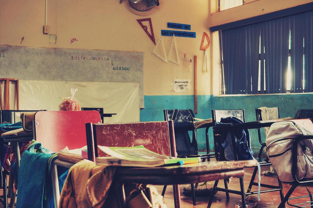 Classroom by MudosFonemas