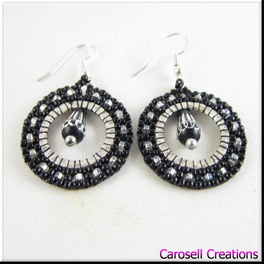 hoop seed bead earrings black and silver by