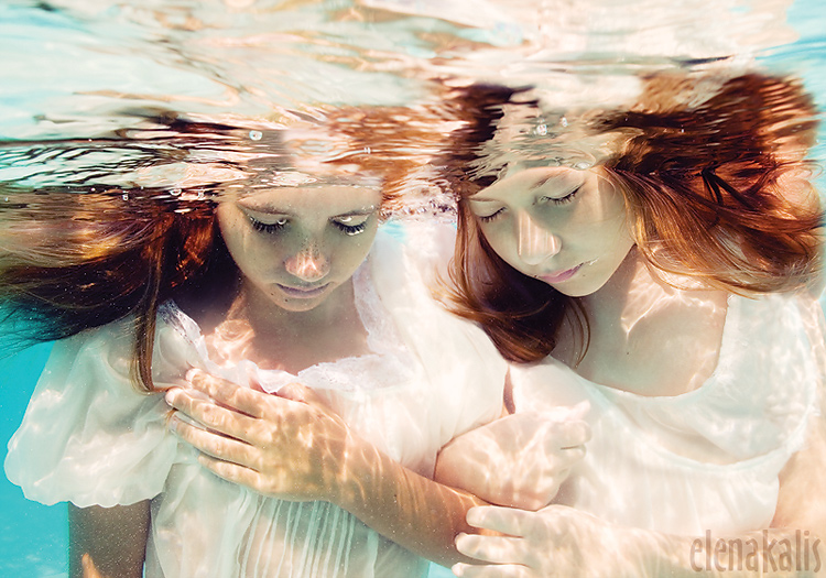 Whispers by SachaKalis
