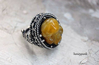 Ring with amber skull by honeypunk