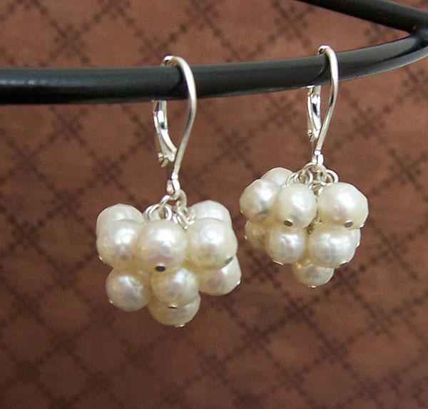 Pearl clusters by asukouenn