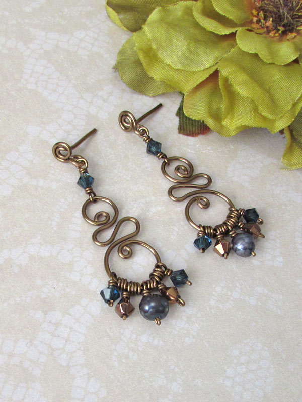 Chocolate brass and blue wire earrings by asukouenn