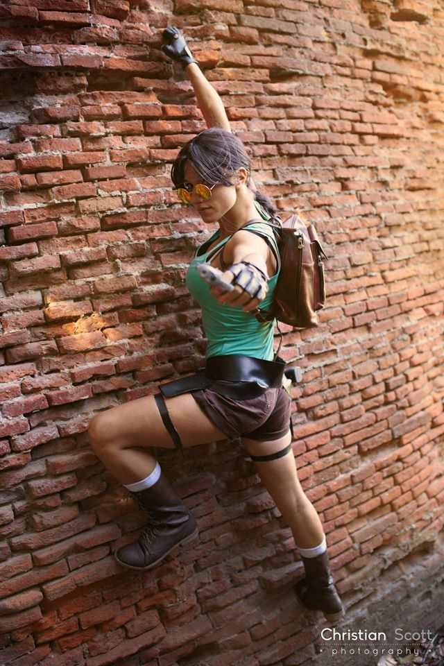 Lara Croft - Tomb Raider by FairyScarlet