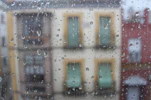 Lloviendo en Sevilla - Raining in Seville by Kryyshdg