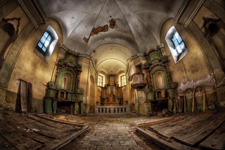 The Golden Chapel by Matthias-Haker