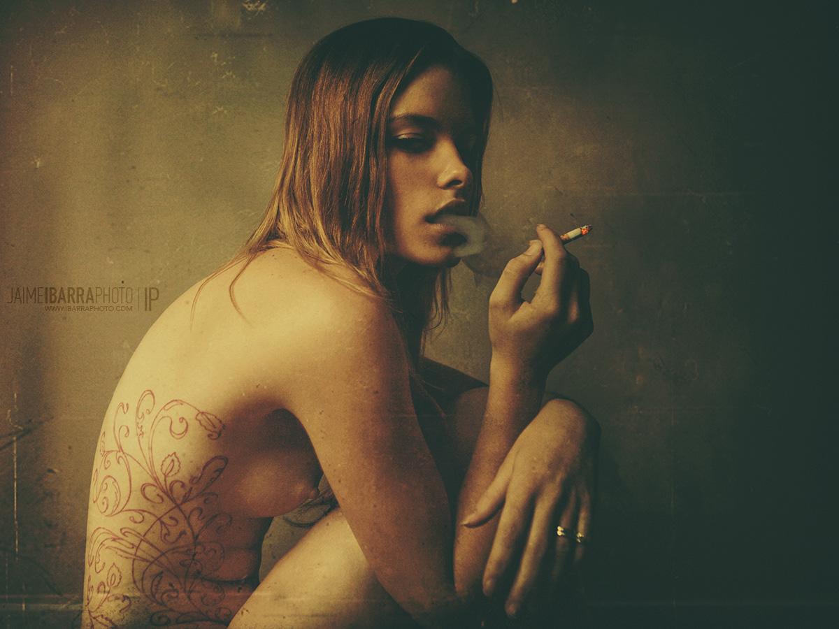 Fumando by JaimeIbarra