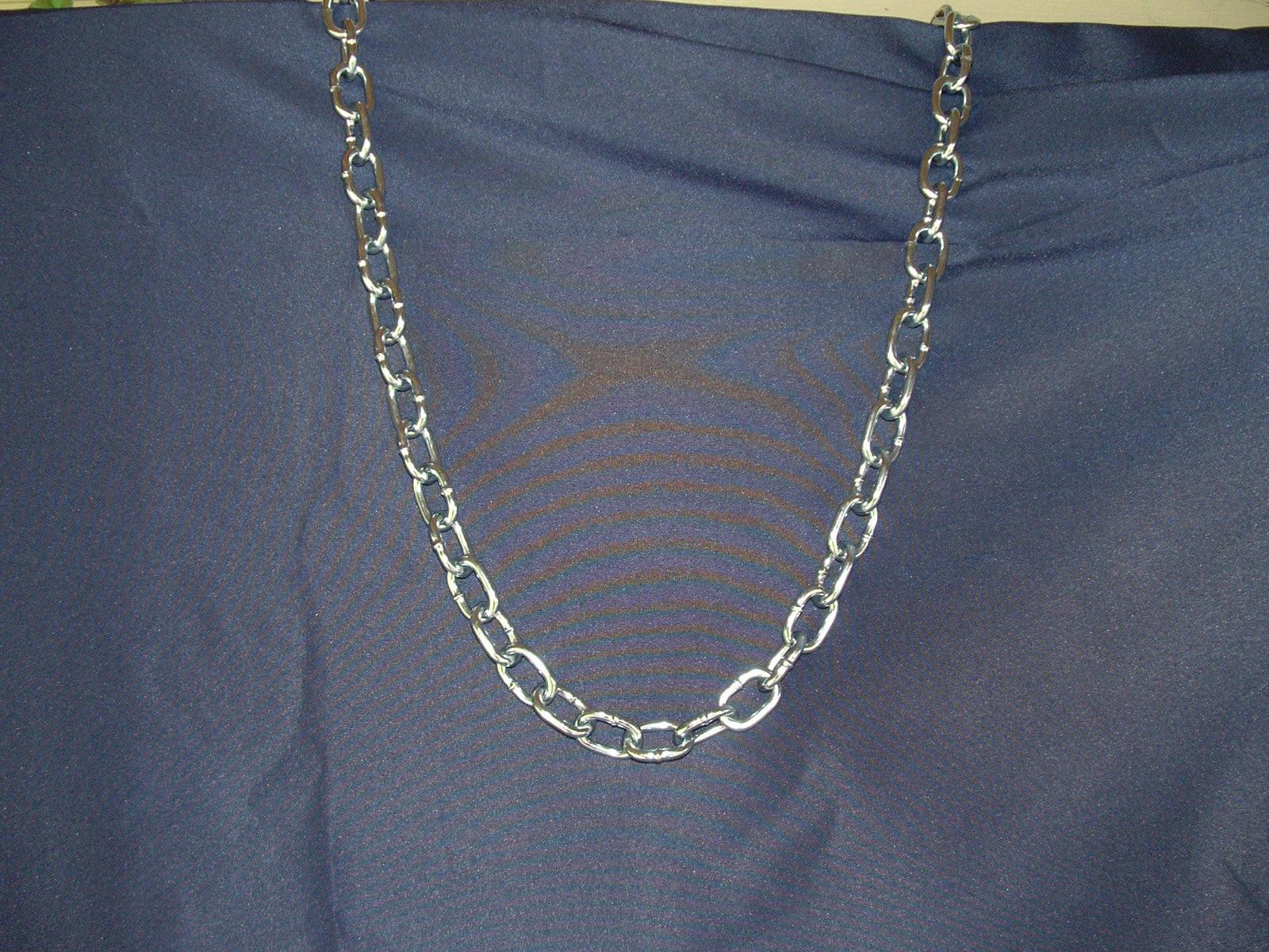 Chain 5 by Dracoart-Stock