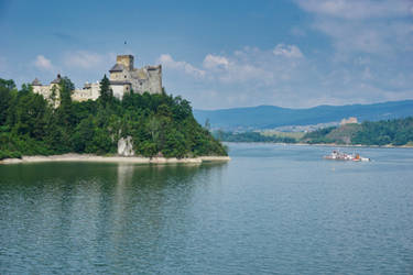 Niedzica Castle by k-a-d-a-t-h