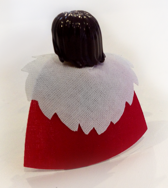 lego_viking__custom_torso_and_cape__02_by_edward_the_red-d8sp261.png