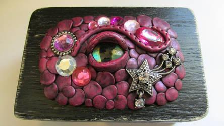 Magenta Dragon Eye Trinket Box by diablosbelle