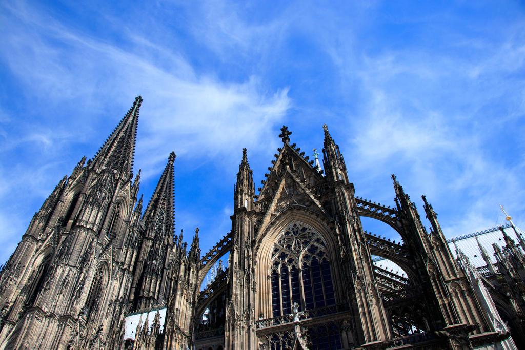 Cologne Cathedral impression by NecScireFasEstOmnia