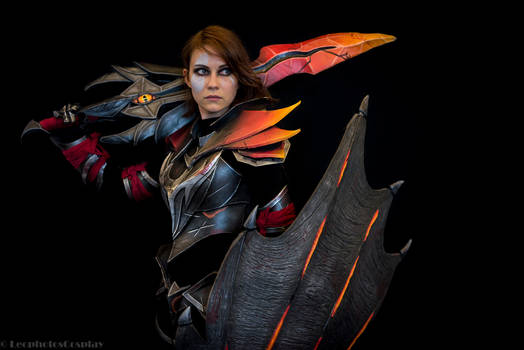Dragon Knight genderbend cosplay