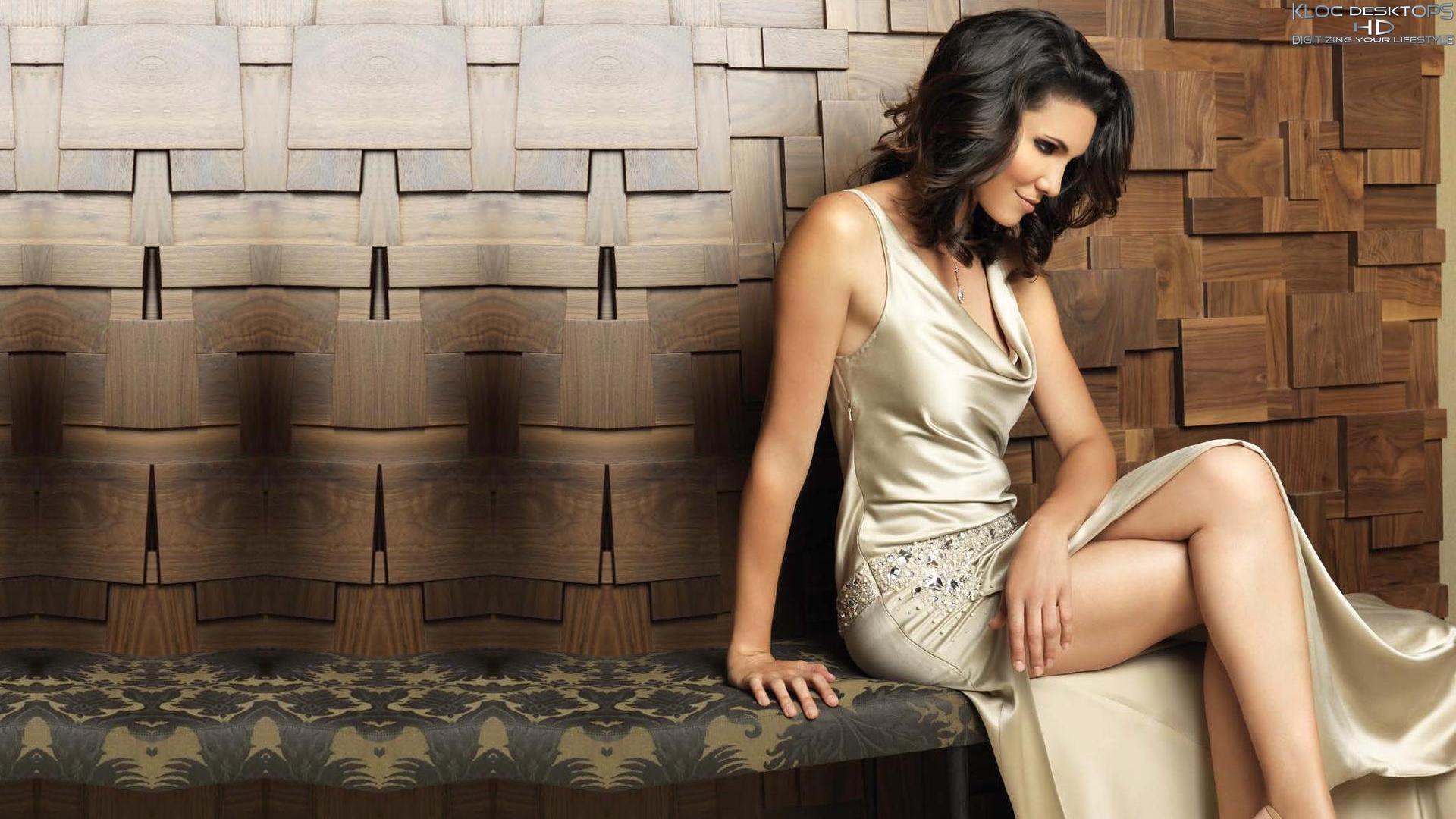 Daniela Ruah Wallpaper