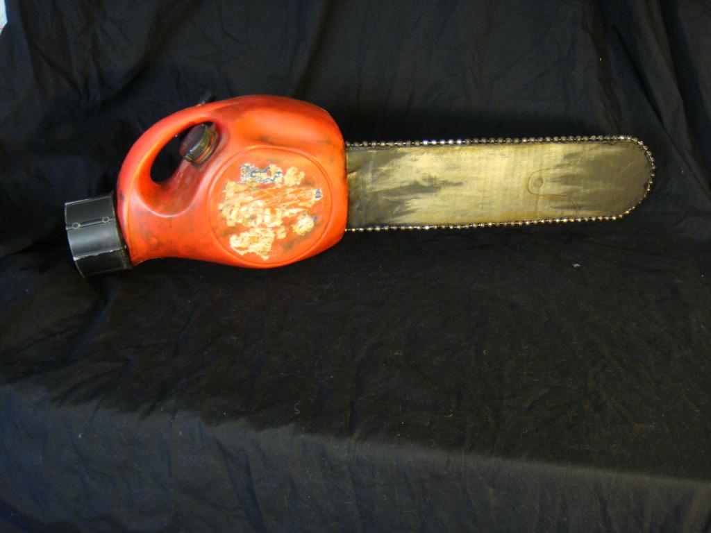EVIL DEAD hand chainsaw by xASHLERx on DeviantArt