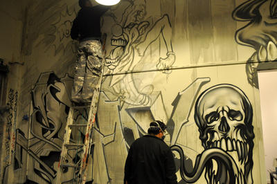 Urban Art-Illery Group Graffiti Show - Mural 09 by 33third
