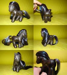 pony by funshinebear